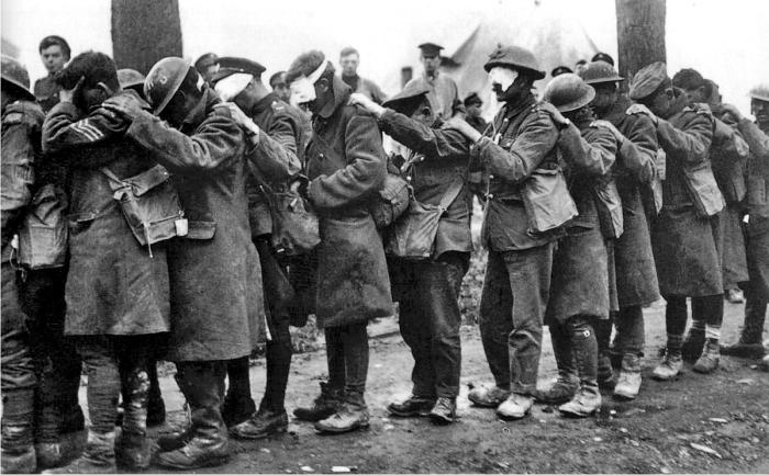 soldados-britanicos-cegados-por-gases-en-la-primera-guerra-mundial-foto-dp